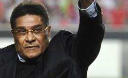 Pesepak Bola Legendaris Portugal Meninggal Dunia