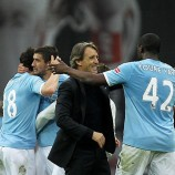 Roberto Mancini Inginkan Toure berlabuh di Inter Milan