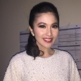 Aktris Cantik Sandra Dewi Hanya Ingin Suaminya Memberikan Waktu Untuknya