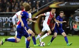 Ander Herera Sukses Patahkan Serangan Ajax