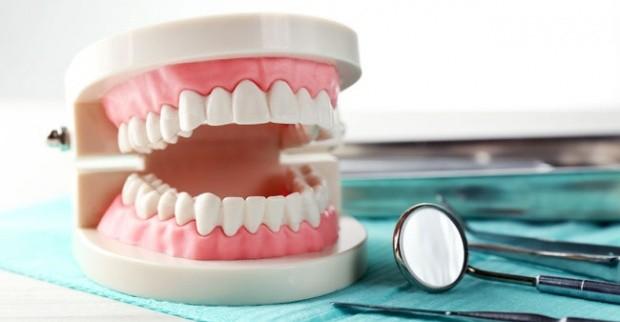 Rajin Menjaga Gigi Terhindar Dari Penyakit