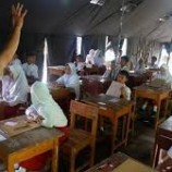 Nahas Siswa SDN 1 Kasinoman Harus Ujian UN Di Tenda