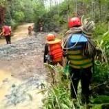 Team SAR Masih Cari Reni Hermawati Yang Hilang Di Jalan Raya Pangandaran