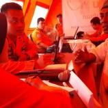 Warga Datangi Posko Bencana Cari Keluarga yang Hilang Akibat Tsunami